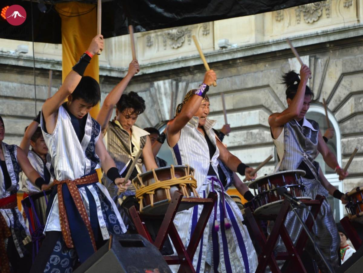 Taiko Japan Konzert Festival Bühne Trommel Straße