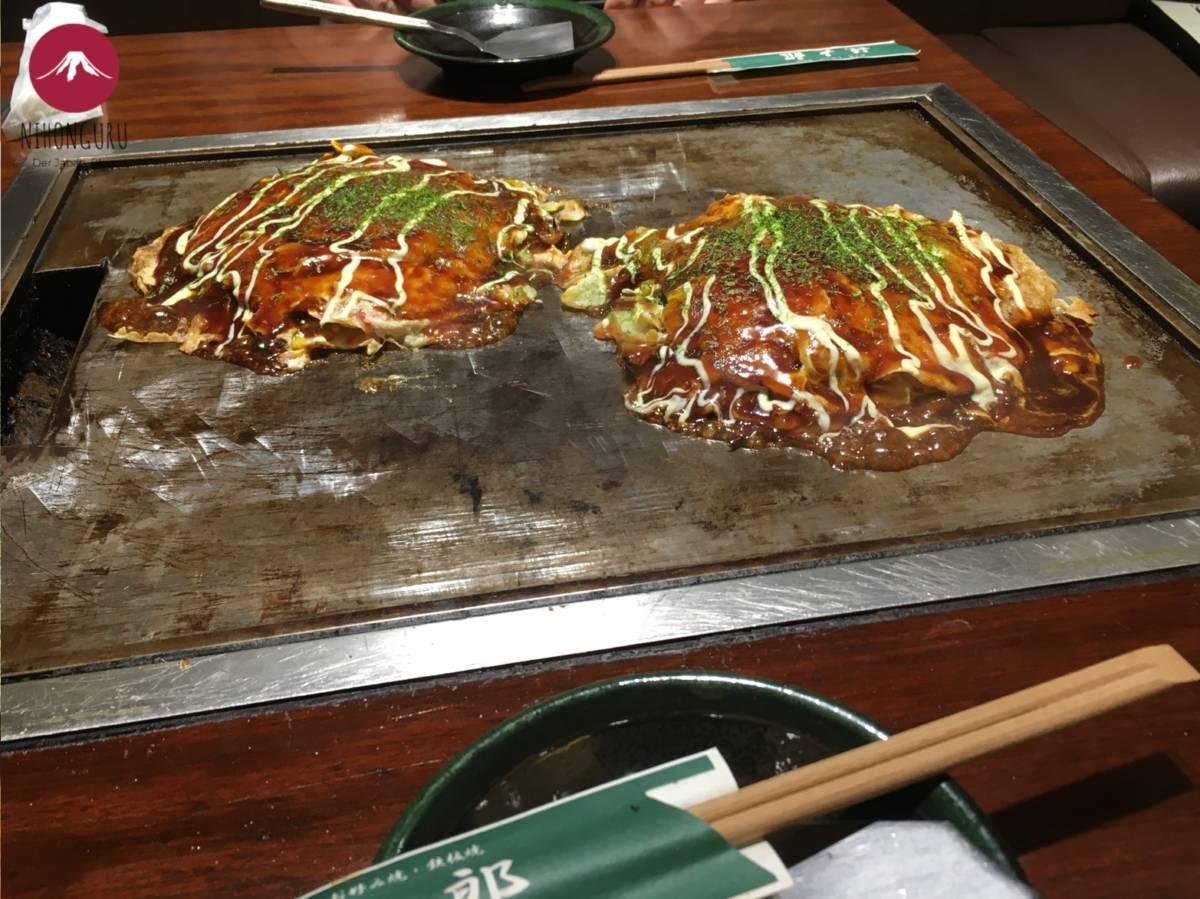 Okonomiyaki Brate was du willst japanischer Pizza Pfannkuchen