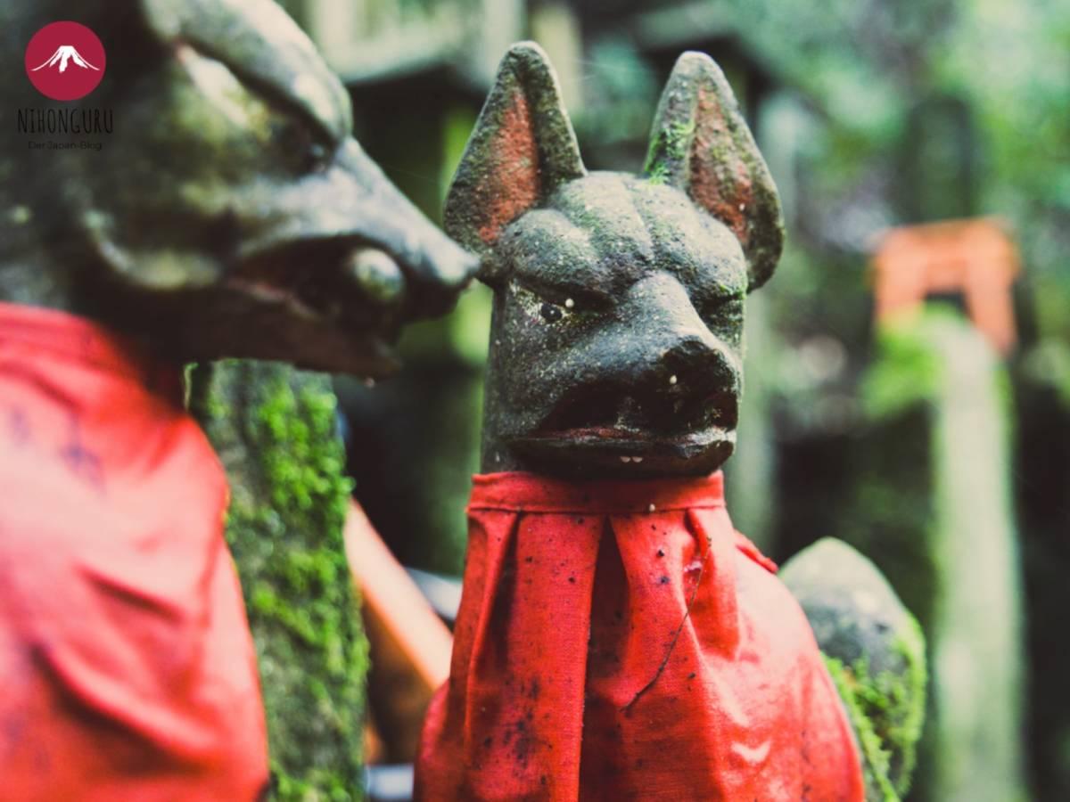 Inari Schrein Kami Gott Shinto Shintoismus Japan Fuchs Statue